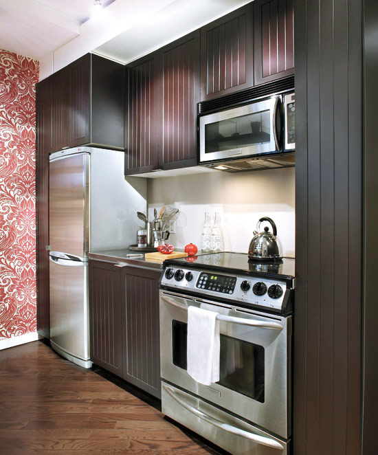 Cozinha com Adesivo na Parede
